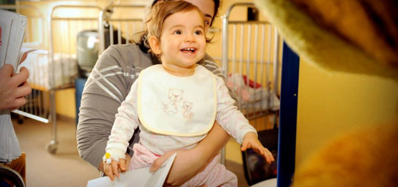 Podravkina-posjeta-pedijatrijskim-odjelima
